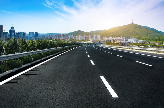 Opinião da estrada sozinho