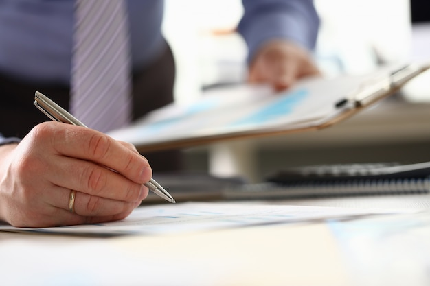 Orçamento anual de contabilidade de consultor financeiro