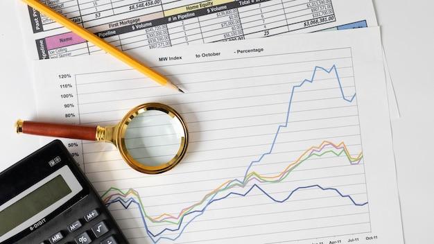 Organização de elementos financeiros e gráfico