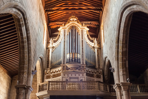 Órgão na igreja