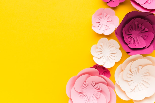 Ornamento de papel de cor pastel de cópia-espaço