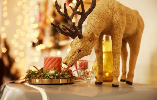 Ornamento de rena vintage para decoração de natal cartão comemorativo