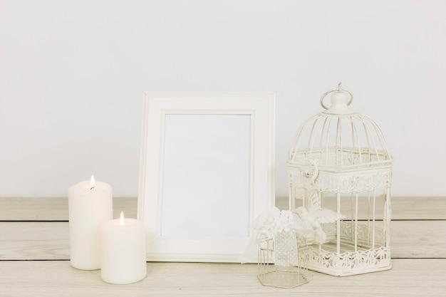 Ornamentos românticos com moldura