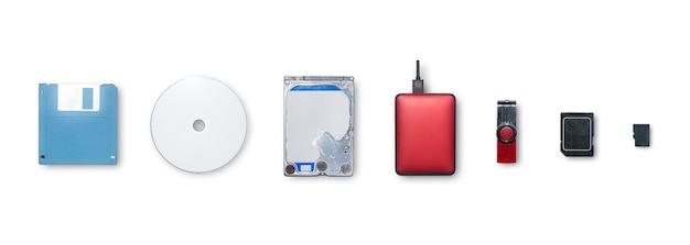 Os dispositivos usam para informações de armazenamento e transferência ou backup de dados para