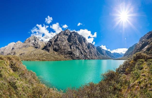 Os lagos de llanganuco