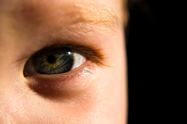 Os olhos de uma menina anos, close-up