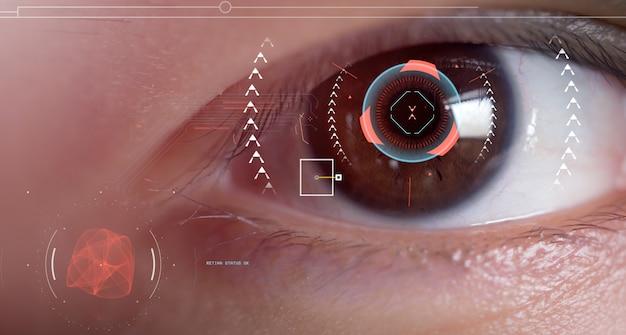 Os olhos dos homens estão sendo digitalizados com scanners oculares inteligentes.