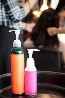 Os produtos são usados na loja de salão