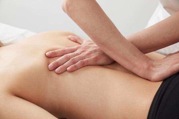 Osteophaty e massagens