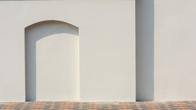 Outdoor em branco em uma parede de rua - para banners ou adicionar seu próprio texto - monocromático