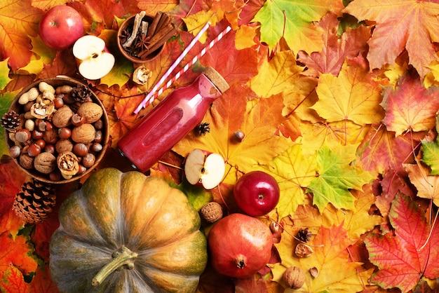Outono vegan e conceito de comida vegetariana.