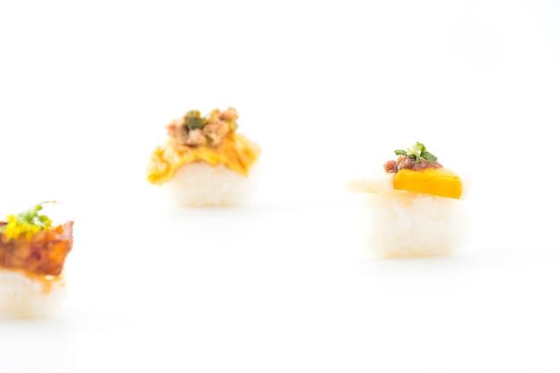 Ovo com camarão cola molho de sushi