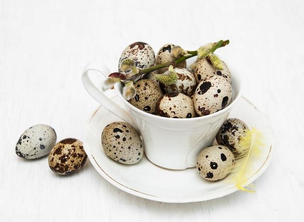 Ovos de codorna no copo
