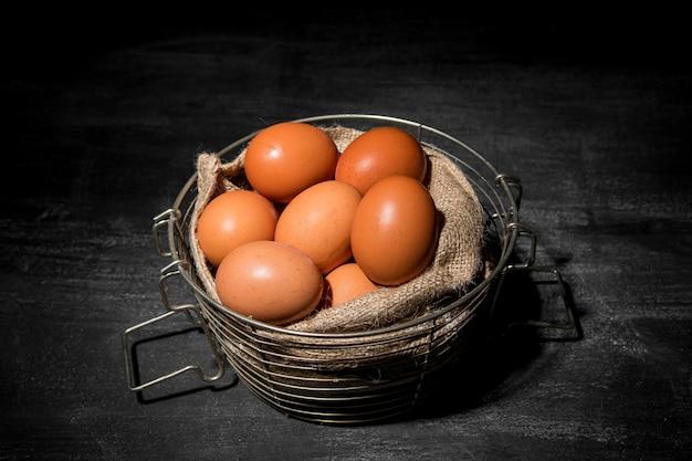 Ovos de galinha em close-up