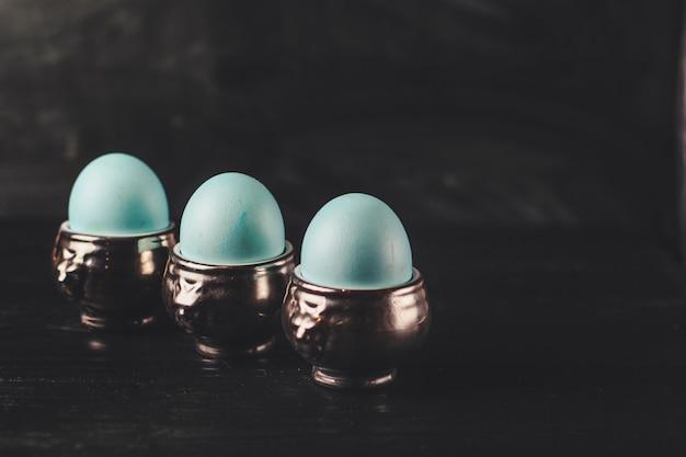 Ovos de páscoa azuis