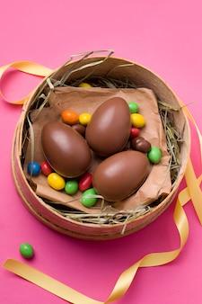 Ovos de páscoa de chocolate