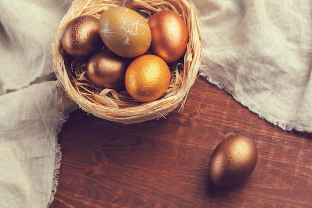 Ovos de páscoa de ouro