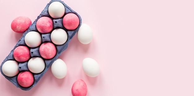 Ovos de páscoa pintados sazonais