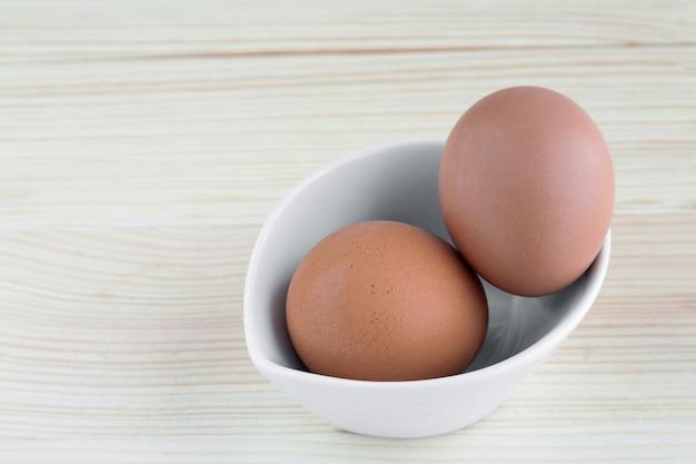 Ovos na chapa branca