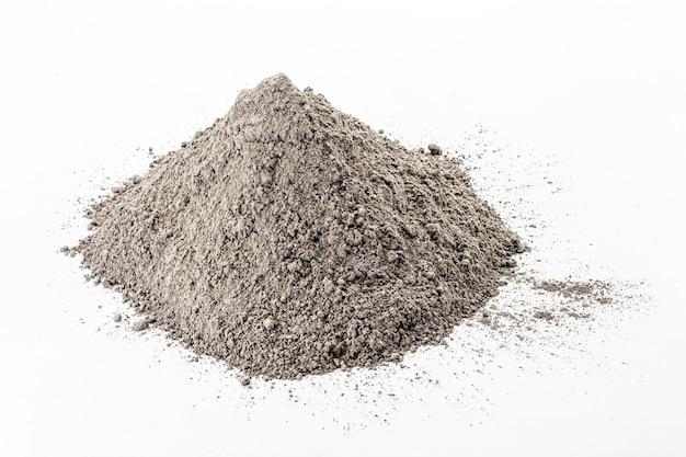 Óxido de zinco, pó branco usado como inibidor de crescimento de fungos em tintas e como pomada anti-séptica em medicina