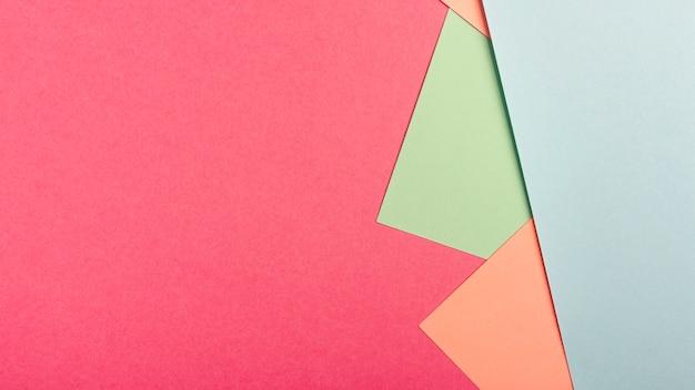 Pacote de folhas de papelão pastel com espaço de cópia