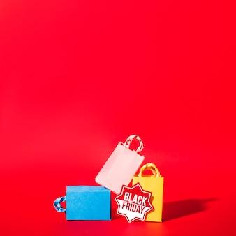 Pacotes de compras coloridos