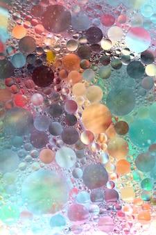 Padrão circular sobre o pano de fundo colorido