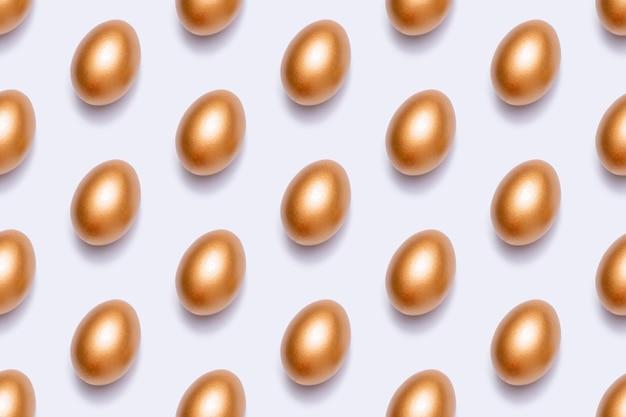 Padrão com ovos de ouro