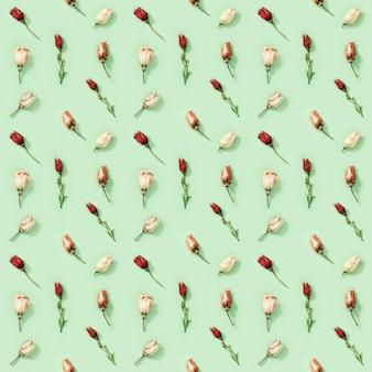 Padrão criativo regular uniforme de flores naturais secas eustoma em verde suave design floral