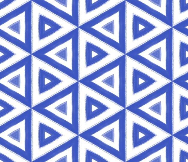 Padrão de aquarela em azulejos. fundo de caleidoscópio simétrico índigo. estampado adorável pronto para têxteis, tecido de biquíni, papel de parede, embrulho. aquarela de azulejos de pintados à mão sem costura.
