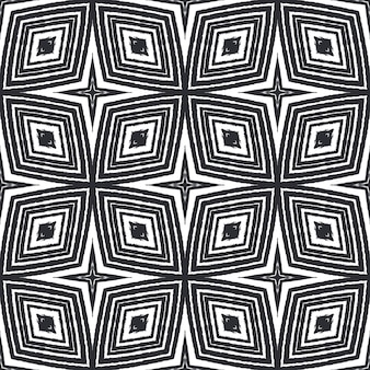 Padrão de aquarela em azulejos. fundo preto caleidoscópio simétrico. aquarela de azulejos de pintados à mão sem costura. impressão elegante pronta para têxteis, tecido para biquínis, papel de parede, embrulho.