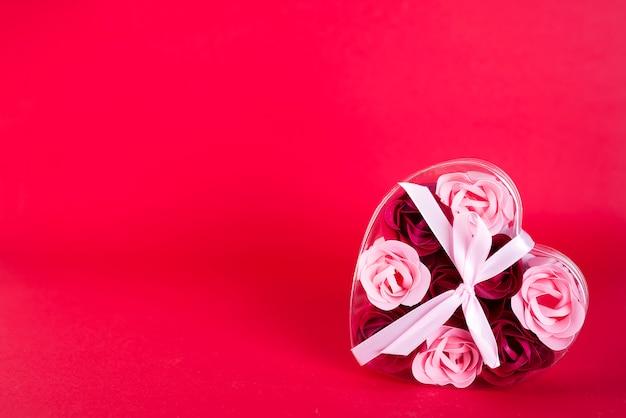Padrão de doces de coração e caixa de coração