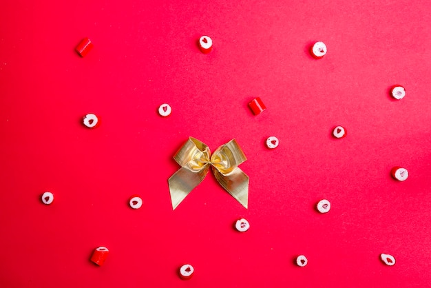 Padrão de doces de coração e placa de giz de coração