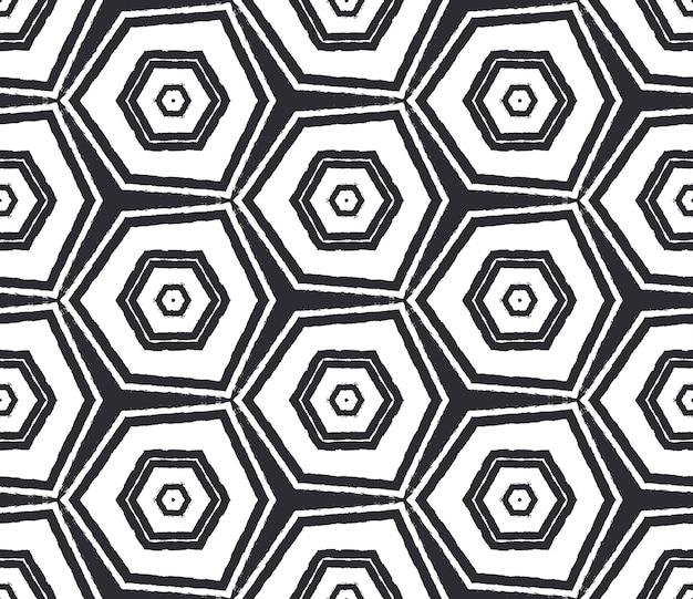 Padrão de listras texturizadas. fundo preto caleidoscópio simétrico. impressão pitoresca pronta para têxteis, tecido para biquínis, papel de parede, embrulho. design moderno de listras texturizadas.