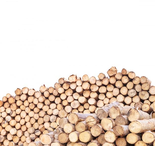 Padrão de madeira closeup na pilha de madeira velha de madeira isolada no branco