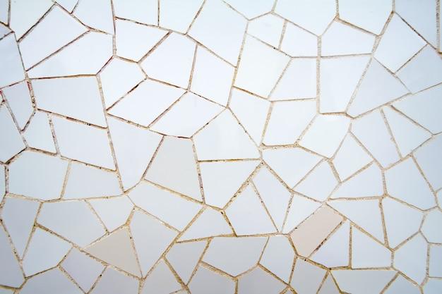 Padrão de mosaico de cerâmica branca no parque guell
