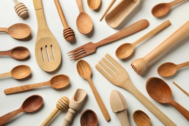 Padrão de pratos de madeira em branco