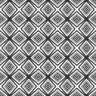 Padrão desenhado de mão listrado. fundo preto caleidoscópio simétrico. têxtil pronto para impressão, tecido de biquíni, papel de parede, embrulho. repetindo a telha desenhada à mão listrada.