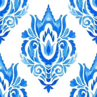 Padrão sem emenda de aquarela damasco azul, ornamento de ladrilhos renascentistas índigo. fundo de filigrana abstrato azul royal. design decorativo elegante do rendilhado de revivalismo.