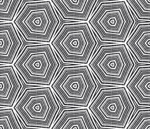 Padrão sem emenda de medalhão. fundo preto caleidoscópio simétrico. telha sem costura medalhão em aquarela. impressão valiosa pronta para têxteis, tecido para biquínis, papel de parede, embrulho.