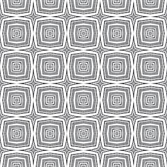 Padrão sem emenda de medalhão. fundo preto caleidoscópio simétrico. telha sem costura medalhão em aquarela. têxtil pronto para impressão justo, tecido de biquíni, papel de parede, embalagem.
