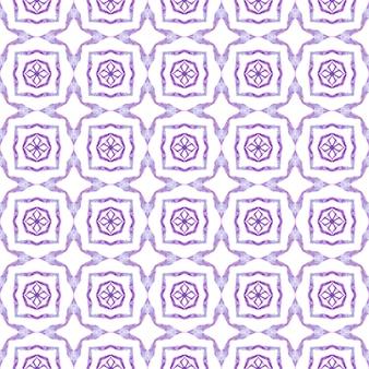 Padrão sem emenda tropical. projeto chique do verão do boho bem torneado roxo. borda sem costura tropical desenhada de mão. impressão perfeita em têxtil pronto, tecido de biquíni, papel de parede, embrulho.