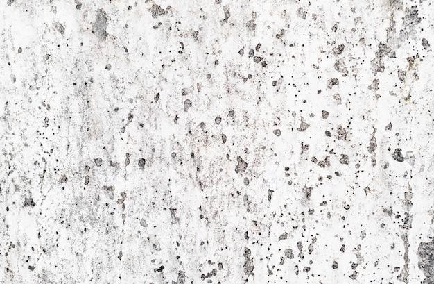 Padrão sujo coberto com superfície de cimento.