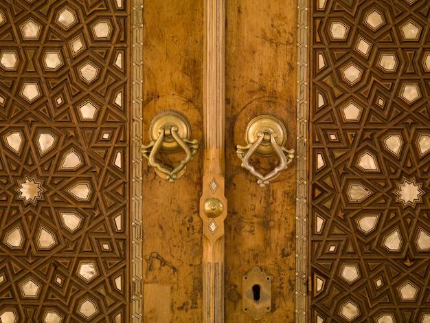 Padrão turco na porta