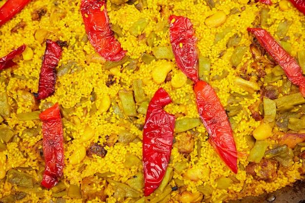 Paella closeup textura em alicante, espanha