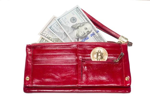 Pagamento em dinheiro ou dinheiro eletrônico. dólares e bitcoin