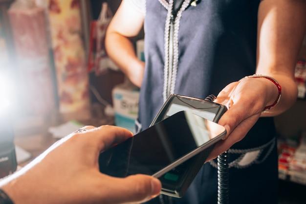 Pagamento sem fio por smartphone