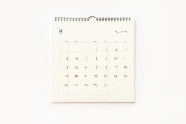 Página do calendário de setembro de 2021 em fundo branco. plano de fundo do calendário para lembrete, planejamento de negócios, reunião marcada e evento.