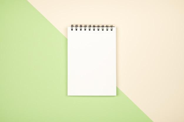 Página em branco do bloco de notas