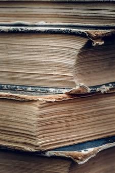 Páginas de livros antigos closeup